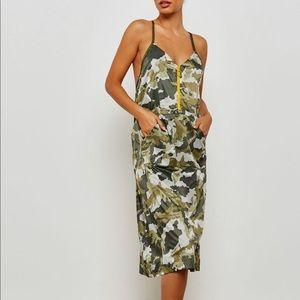 Nike NSW Woven Camo Dress